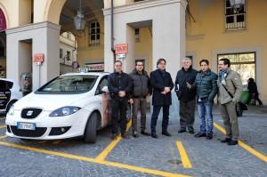 Asti, tornano i taxi in piazza Alfieri
