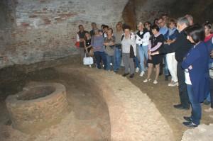 In sessanta sulle tracce dell'acqua in centro storico: piace la passeggiata di Verdeterra