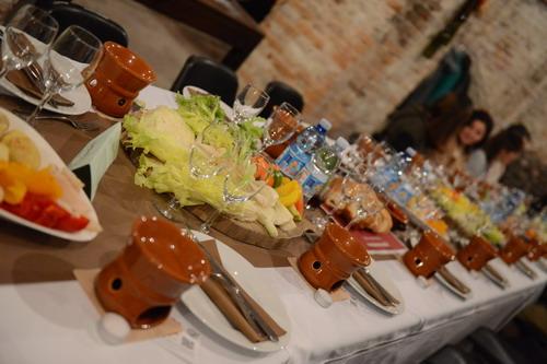 Bagna Càuda leggera con pane e verdure di stagione - La Cascata dei ...