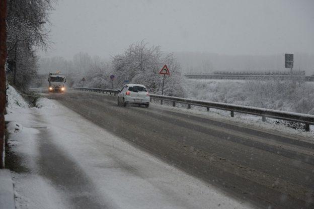 Il maltempo si affaccia in Piemonte: allerta arancione per neve