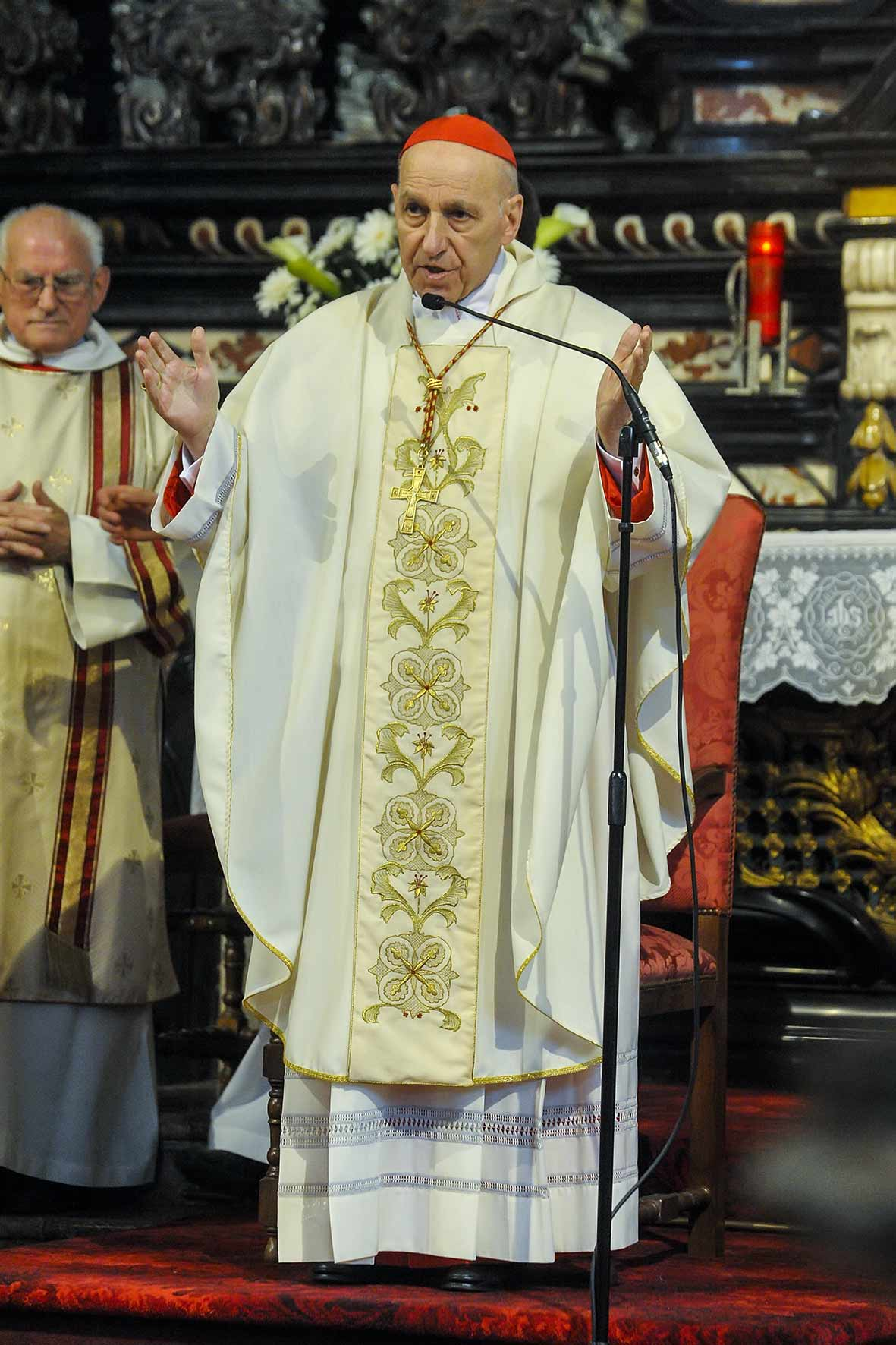 Il cardinal Poletto apre il Congresso Eucaristico Diocesano