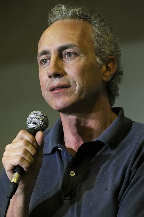Marco Travaglio sul palco di Passepartout