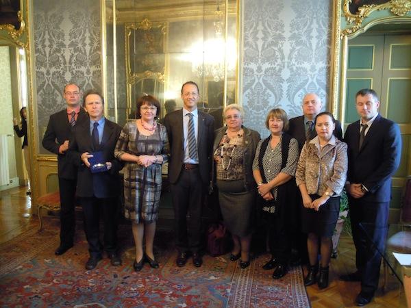 Delegazione russa con il sindaco di Dusino (Asti) Valter Malino a Palazzo Lascaris: a fare gli onori di casa Rosanna Valle