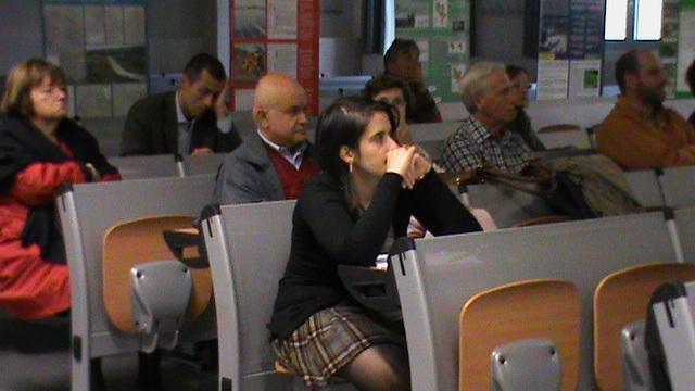 """Don Ciotti ai mille studenti astigiani: """"C'è troppo sapere di seconda mano, siamo chiamati a distinguere"""""""
