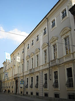 Asti in guerra: bacheche nel cortile di Palazzo Ottolenghi e una passeggiata per la città