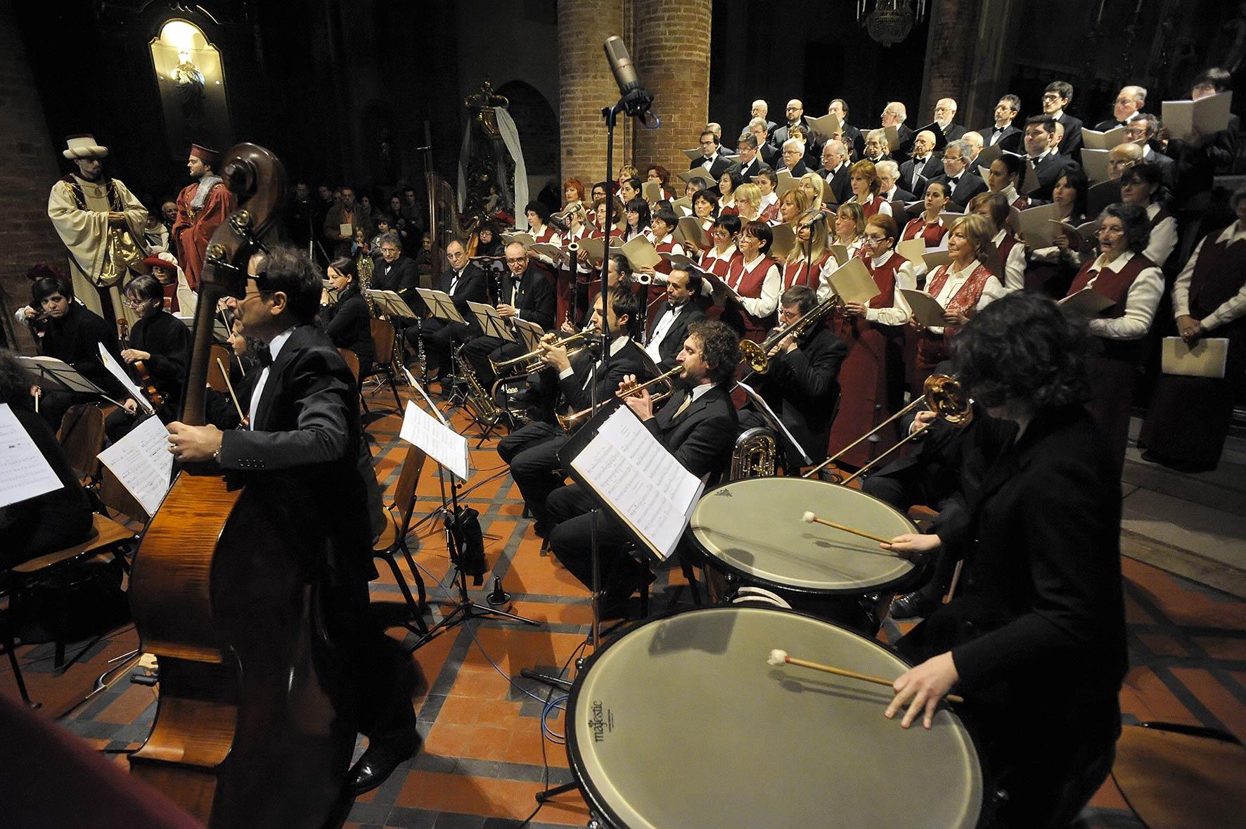 Tutte le foto del Concerto di Natale della Corale San Secondo