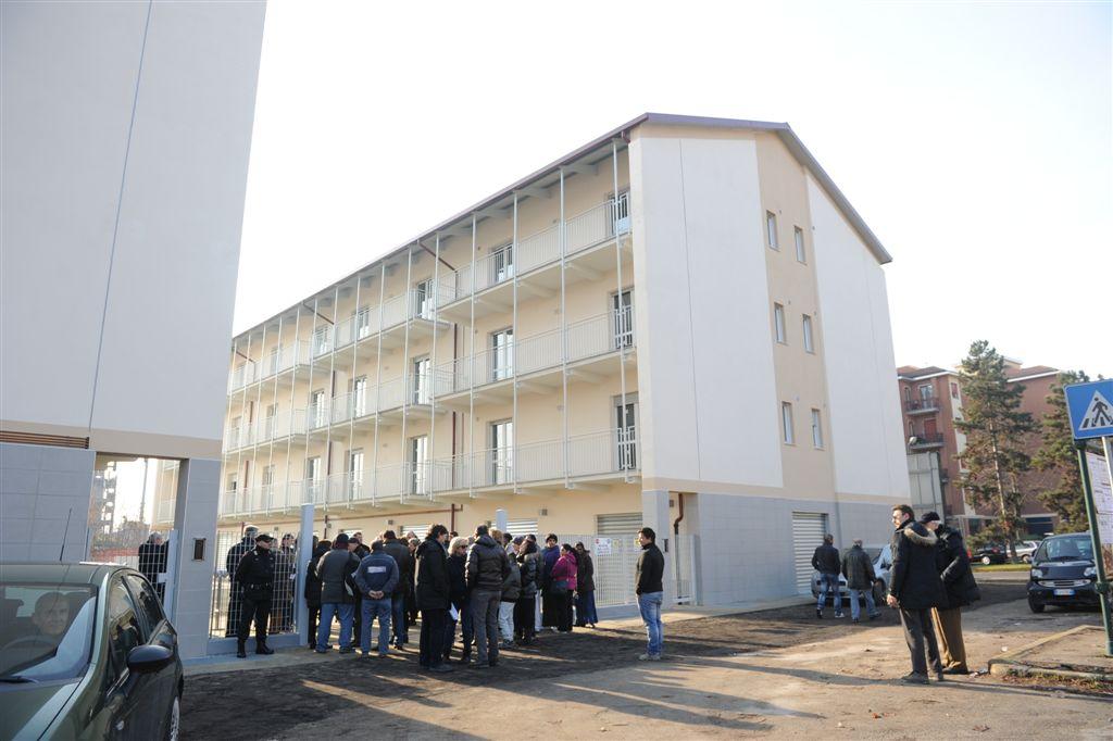 Consegnati dall'Atc al Comune gli alloggi di edilizia popolare di viale Pilone: tutte le foto