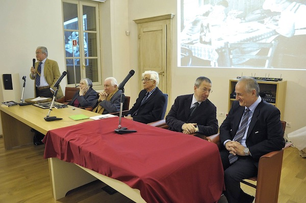 Conferenza stampa di Fratelli d'Italia, F.I. e Lista Civica in merito all'anno 2015 della Giunta Brignolo