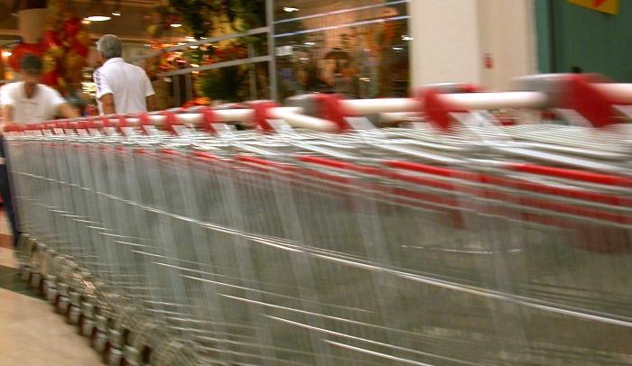 Taccheggi nei supermercati astigiani: quattro denunce in poche ore