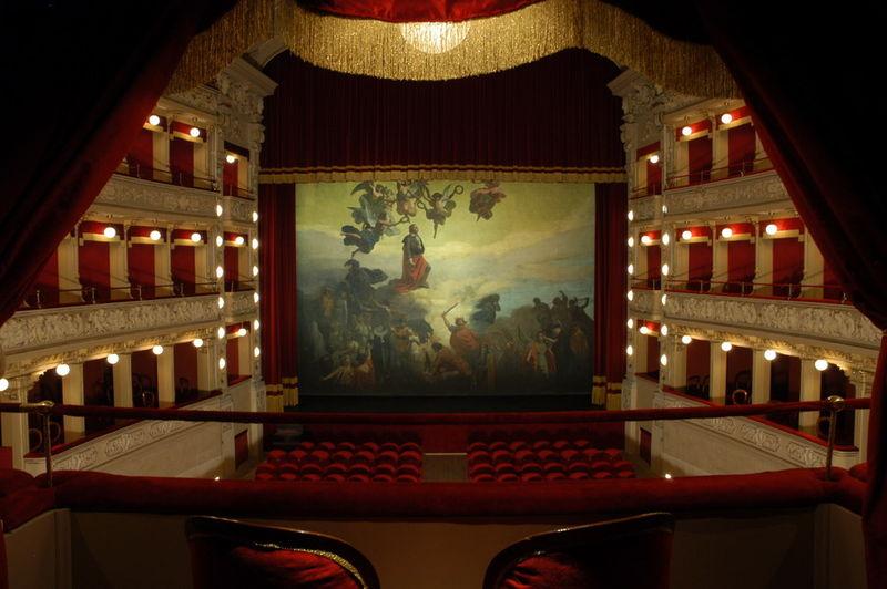 "Al Teatro Alfieri si presenta ""TrinTrunTran"