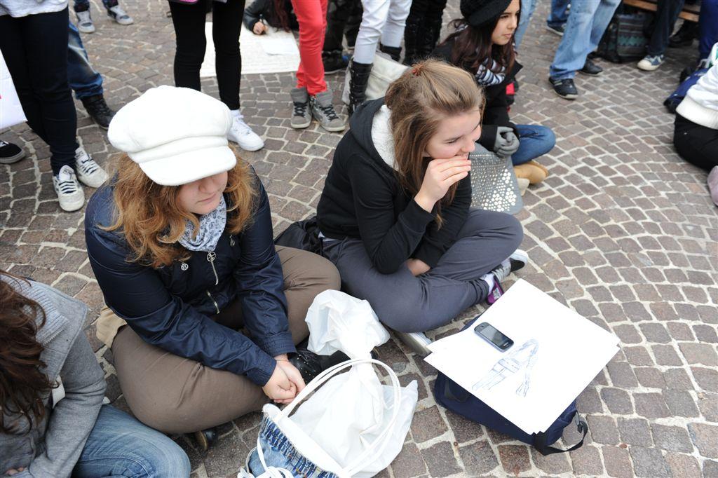 """La fotogallery del convegno su """"La rinascita precaria"""" a Palazzo Mazzetti"""