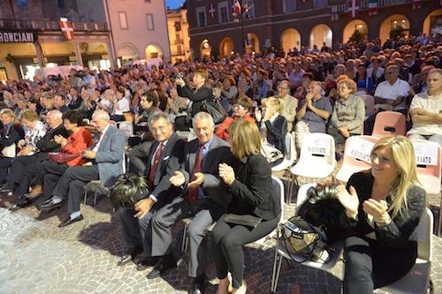 A Canelli si ritrovano i bersaglieri di tutto il Piemonte: fotogallery 1