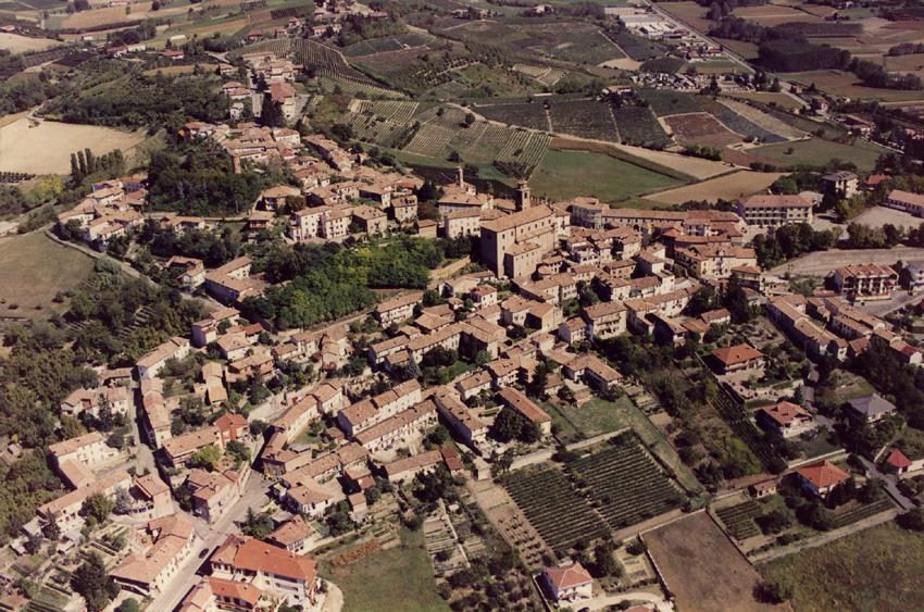 Castagnole Lanze: tre storie di rinascita