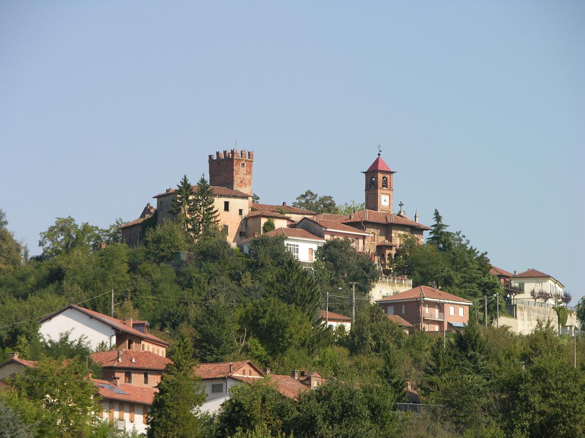 Torna la tradizionale corsa tra i noccioleti di Castellero