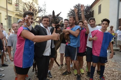 I Giovani di Quarto vincono la tradizionale corsa degli asini