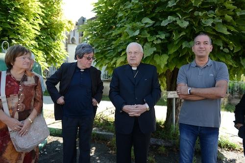 Il cardinal Sodano in visita a Caniglie