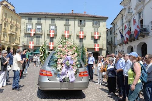 Asti dà l'ultimo addio a Migia Fassi: la fotogallery