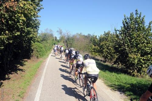 La Granfondo Torino invade l'Astigiano