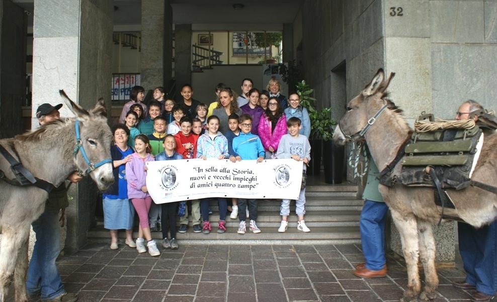 Sessanta bambini della Ferraris studiano la Grande Guerra vissuta dagli animali