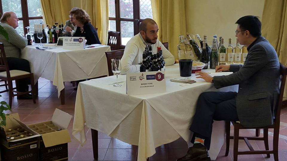 Buyer di America e Asia incontrano i produttori vinicoli alla tenuta La Romana di Nizza Monferrato