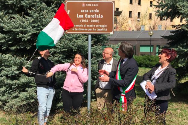 Intitolata alla memoria di Lea Garofalo l'area verde del Tribunale di Asti