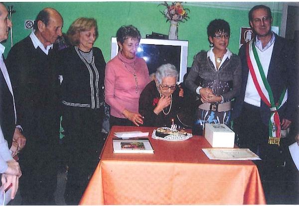 Leontina Marino spegne 100 candeline a Montechiaro d'Asti