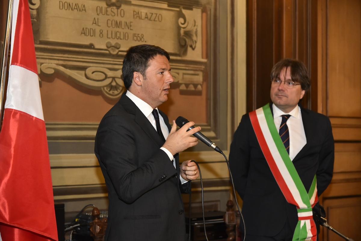 Il premier Matteo Renzi in visita ad Asti