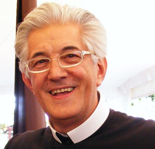 Monsignor Cerrato, vescovo di Ivrea, in visita a San Marzanotto