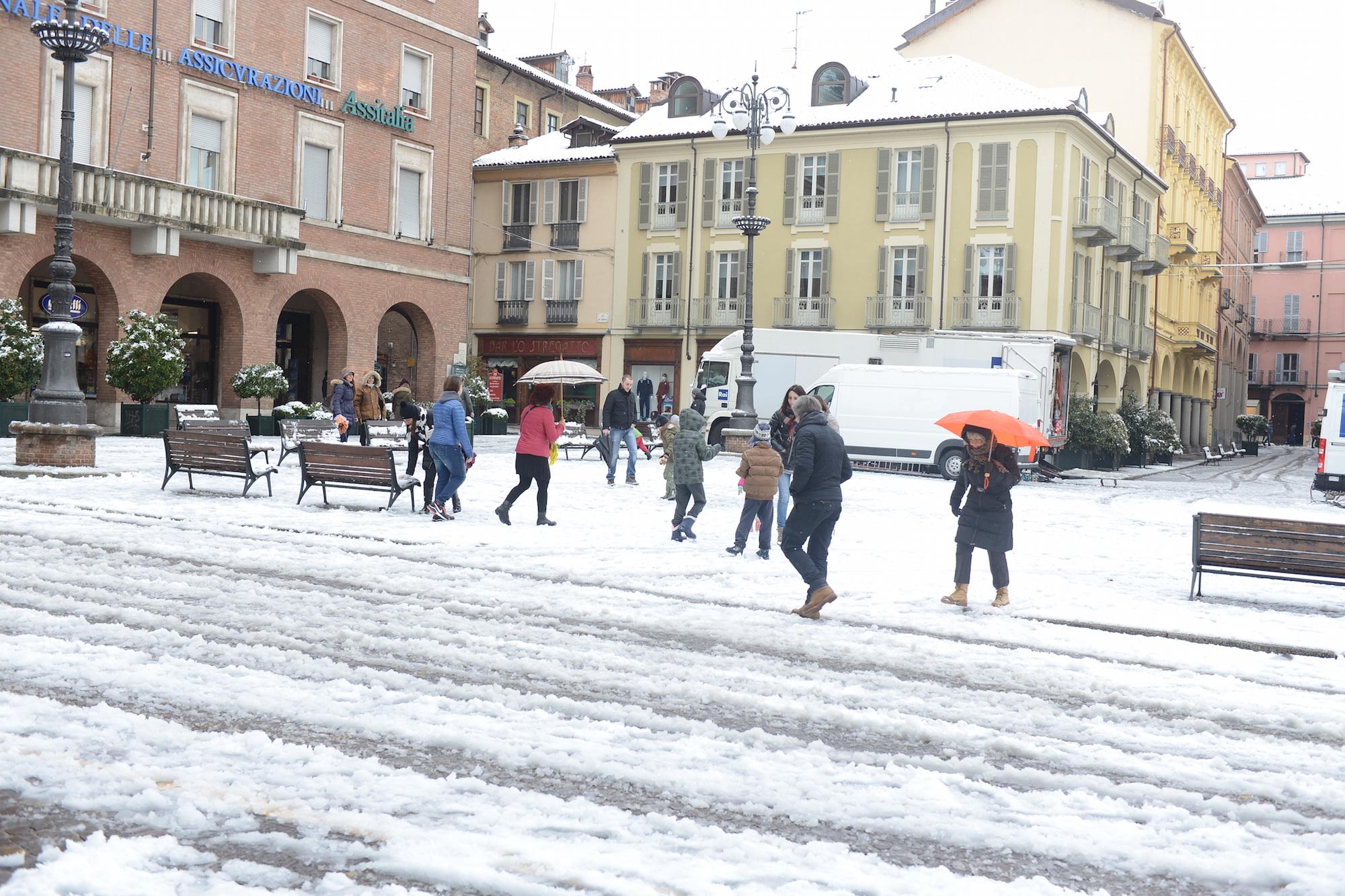 ++Asti, scuole chiuse venerdì e sabato causa neve++