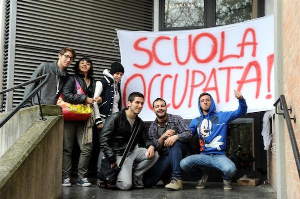 Tagli del Governo e freddo: studenti occupano il liceo artistico di Asti