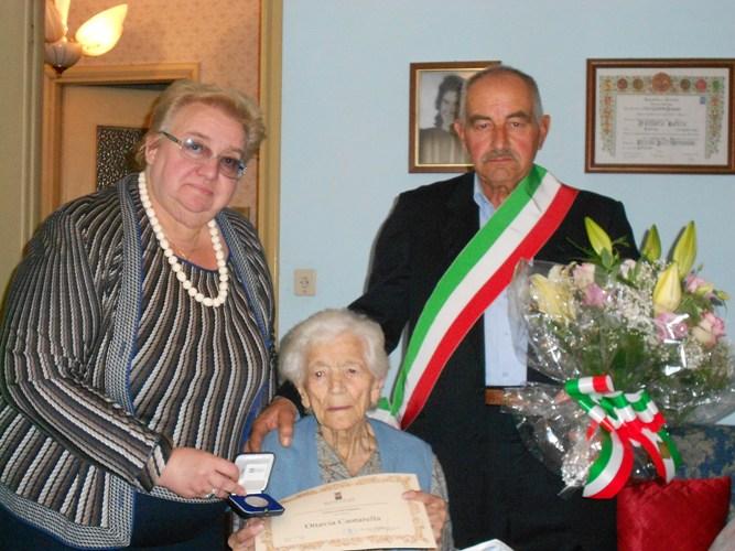 Ottavia Cantarella spegne 100 candeline: nuova patriarca dell'Astigiano