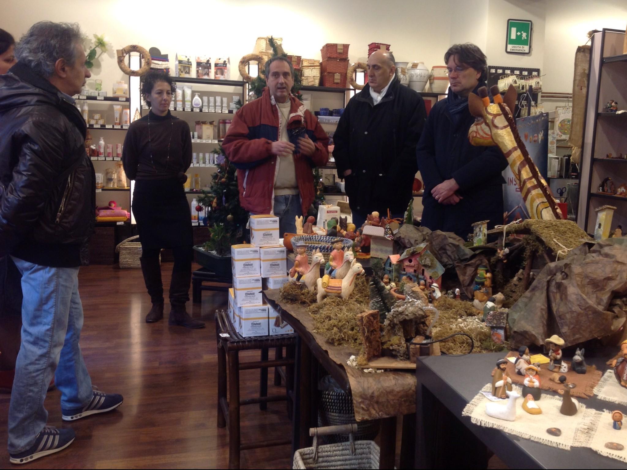 Inaugurata stamattina la mostra dei presepi artigianali equo e solidali