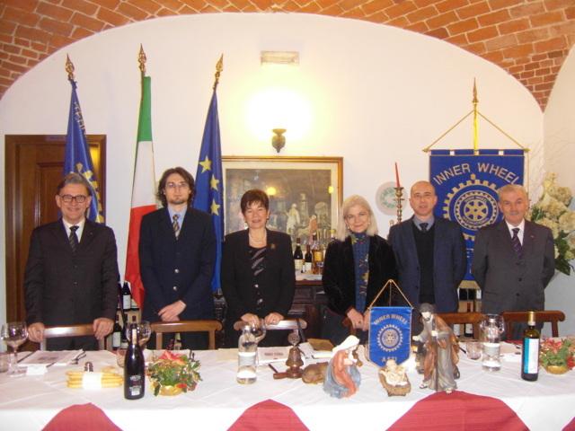 Ezio Claudio Pia e Carla Forno ospiti della conviviale dell'Inner Wheel astigiano