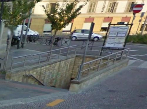 """Piazza Marconi: """"Il sottopassaggio non può restare così"""""""