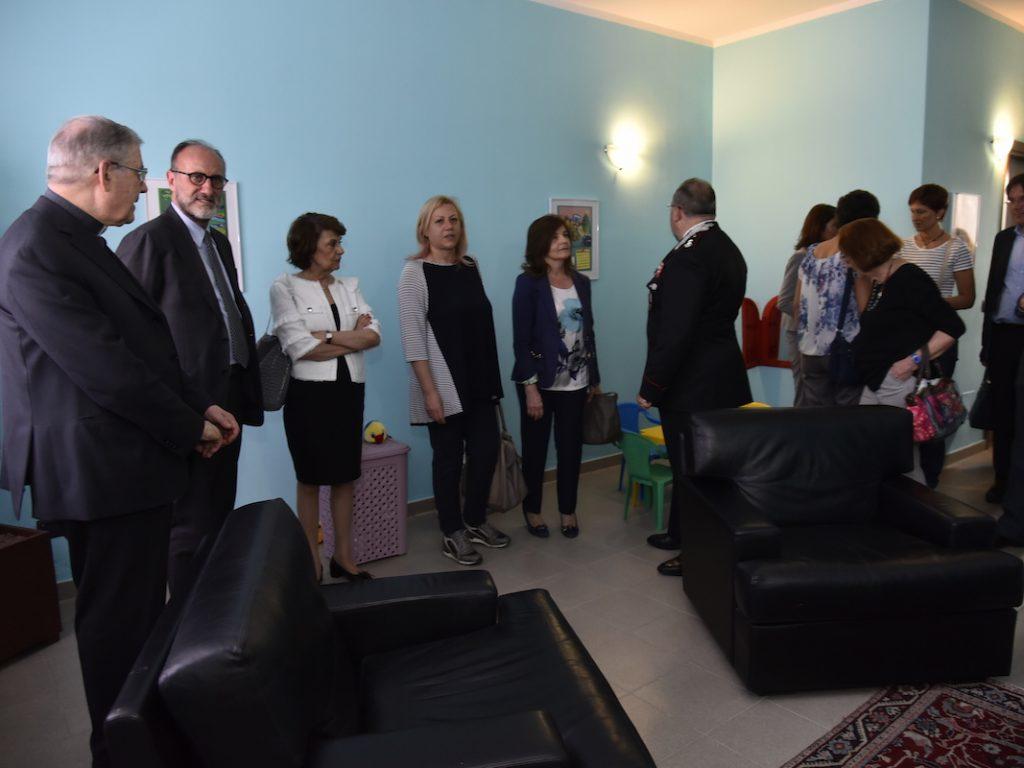 Una stanza protetta per le donne vittime di violenza for Programma per arredare una stanza