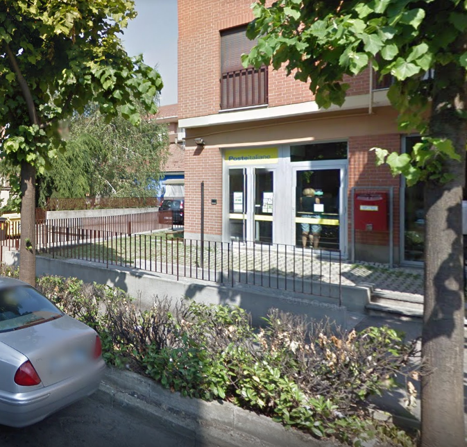 Tentata rapine all'ufficio postale di via Buozzi