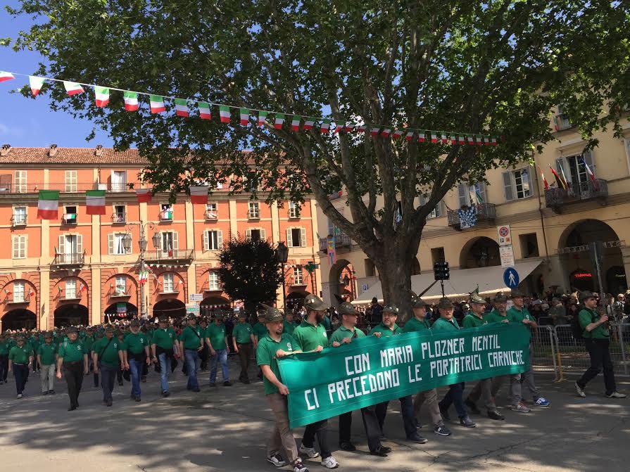 Ecco la diretta della sfilata dell'Adunata Nazionale degli Alpini ad Asti