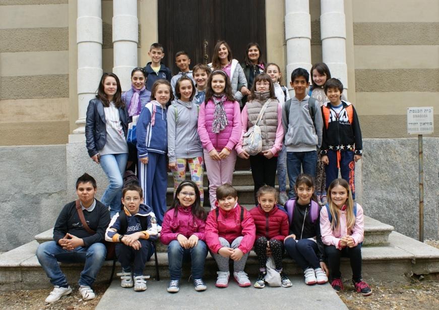 Sessanta bambini della Anna Frank alla scoperta del ghetto ebraico e della Sinagoga