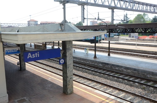 Alla Camera un'interrogazione per riaprire la linea ferroviaria Asti-Alba