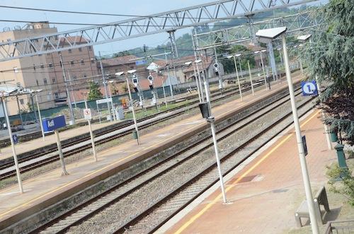 """Angela Motta: """"Inserire linee ferroviarie sospese dell'Astigiano tra treni regionali veloci di Trenitalia"""""""