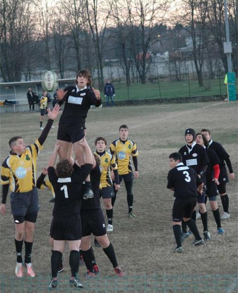 Luci e ombre per la Junior Asti Rugby in trasferta: vince l'under 14 ma l'under 16 si arrende al Valledora