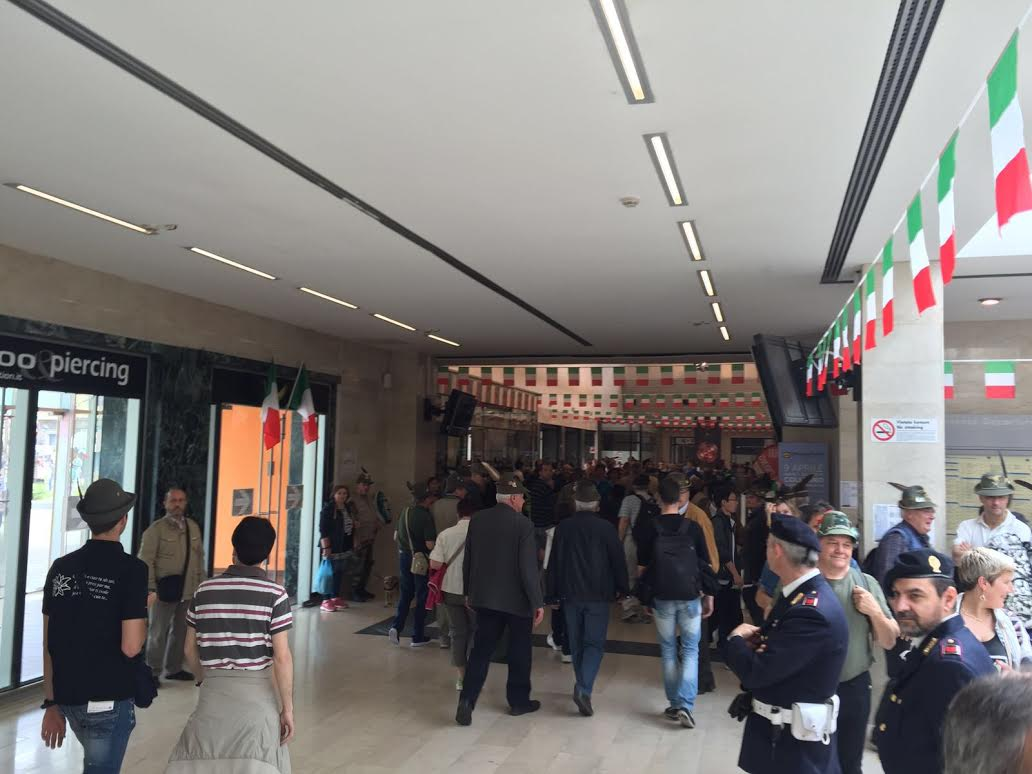 Adunata degli alpini. Alla stazione di Asti registrate 54.000 persone