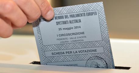Dato affluenza delle 12 in Piemonte