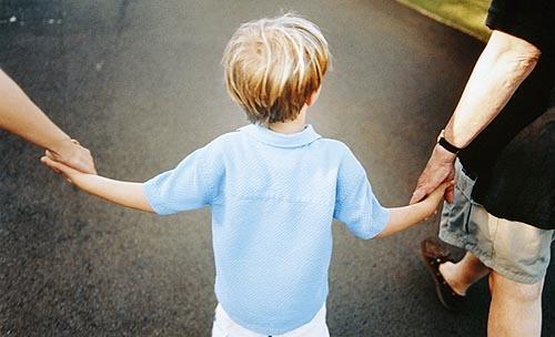 Cotto interpella il sindaco sui bambini fuggiti dalla materna