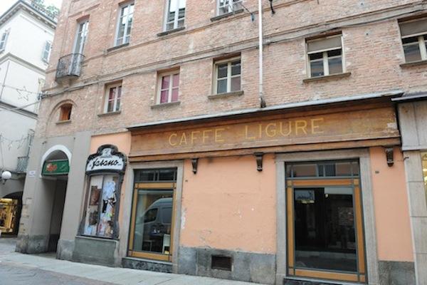 """Coppo: """"Chissà se al posto del bar Ligure aprirà una banca?"""""""