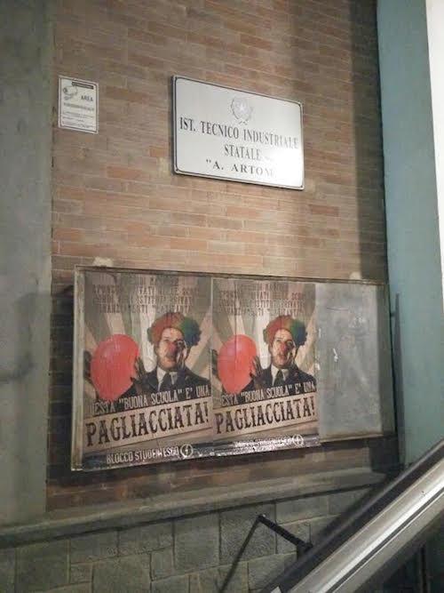 """Anche ad Asti azione del Blocco Studentesco contro la """"Buona scuola"""" di Renzi"""
