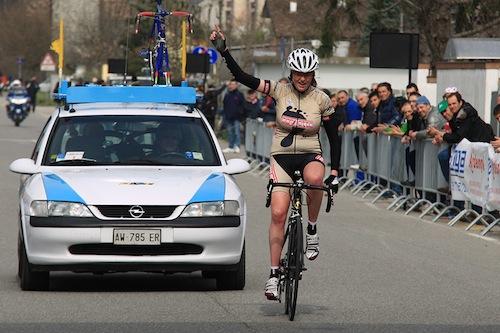 Ciclimo: Simona Bortolotti senza rivali nel trofeo Cavalli a San Bassano