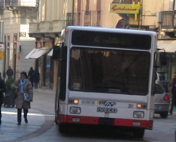 Bus urbani: orario estivo in vigore fino al 7 settembre