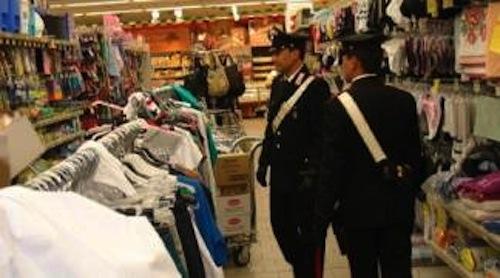 Rubano carne e formaggio al supermercato per colpa della crisi economica