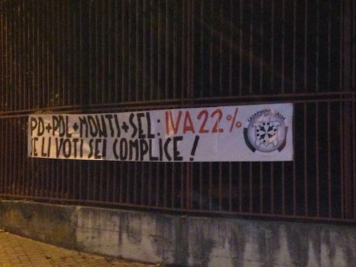 Elezioni provinciali ad Asti: striscione di CasaPound Italia contro il sindaco Brignolo